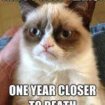 """El Grumpy cat te desea """"Feliz año"""""""